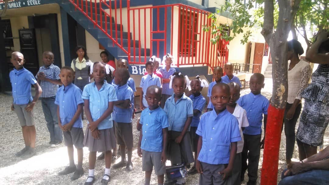 Haiti Roots Academy, Santo, Students, School